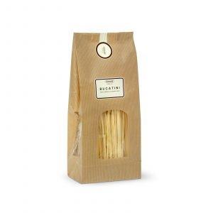 Bucatini fatti con pasta di semola di grano duro