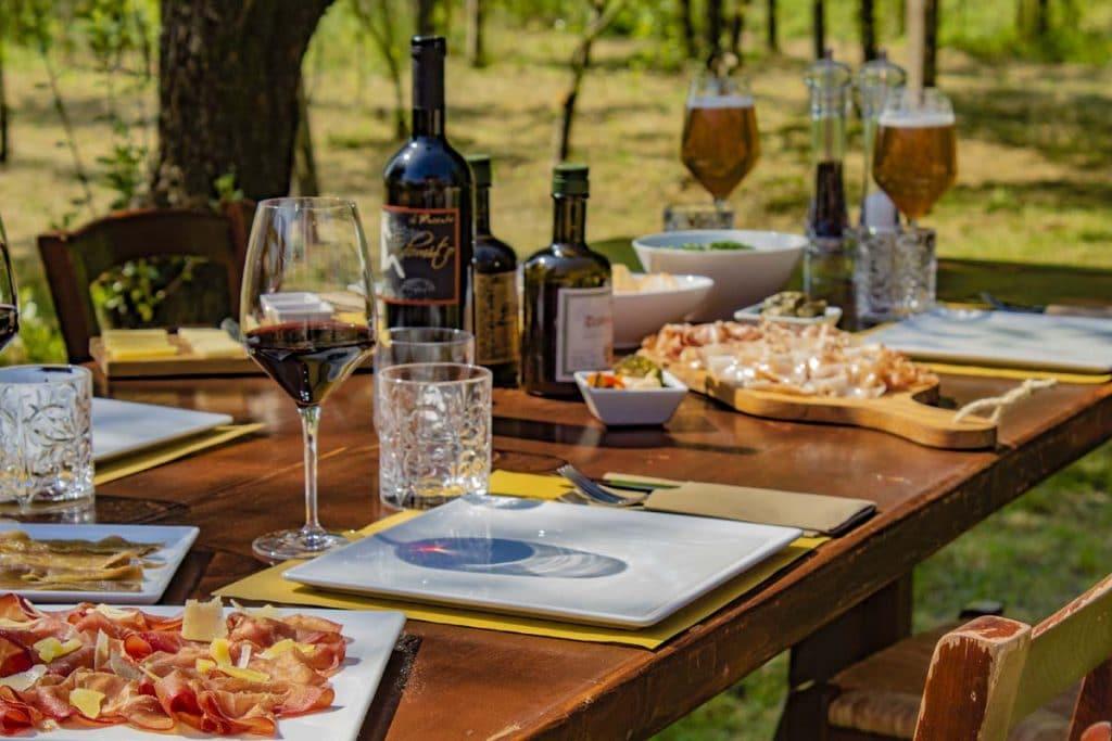 Aperitivo sul Lago di Garda, dettaglio degustazione